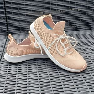 Native rose gold sneakers sz 8.5